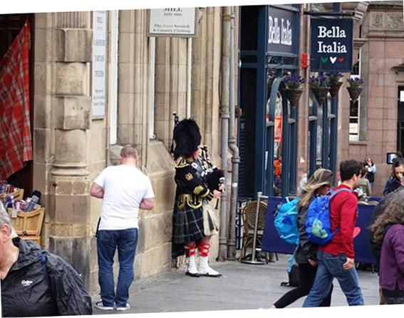Per le strade di Edimburgo