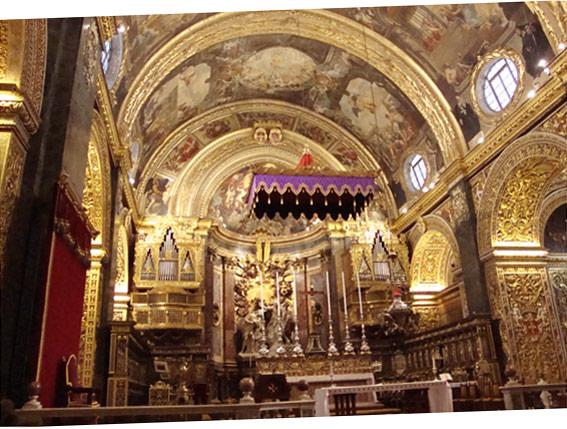 La co-cathédrale de Saint-Jean