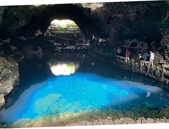 Der unterirdische See von Jameos del Agua