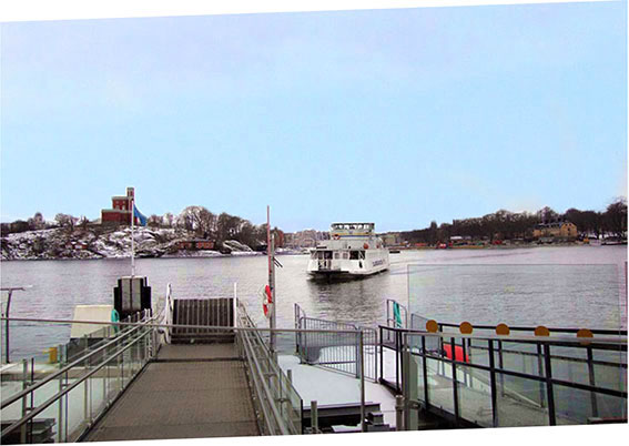 The ferry and get off in Gamla stan island