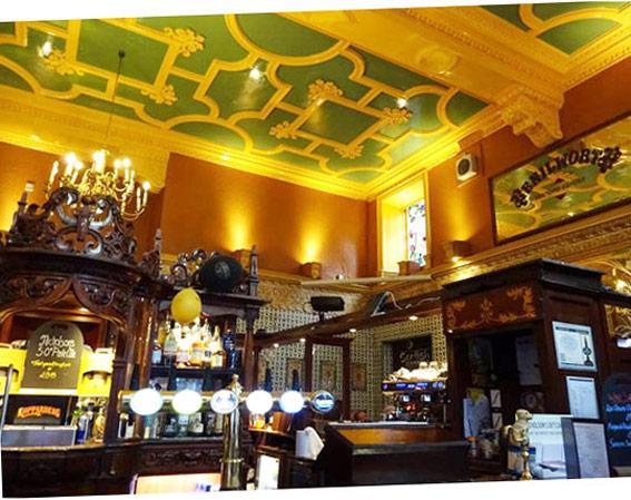 Un vieux pub